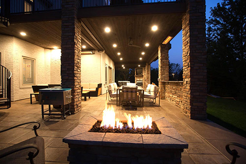 outdoor deck fireplace